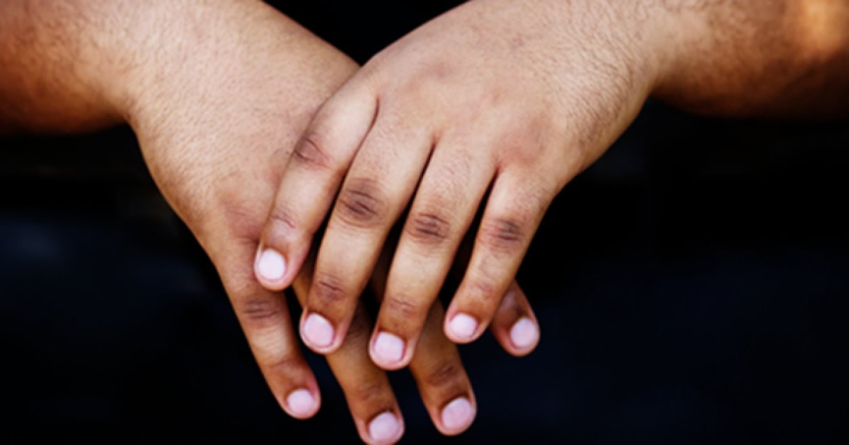 3 home remedies to get rid of dark knuckles (dailyadvent)